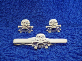 17th / 21st LANCERS  CUFF LINK AND TIE GRIP / CLIP SET